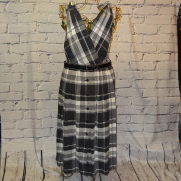 Liz Claiborne Plaid Sleeveless Dress w/Belt
